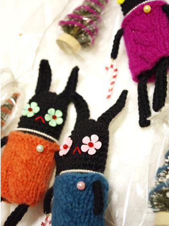 編みウサギ