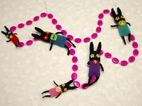 ウサギの幼生ネックレス
